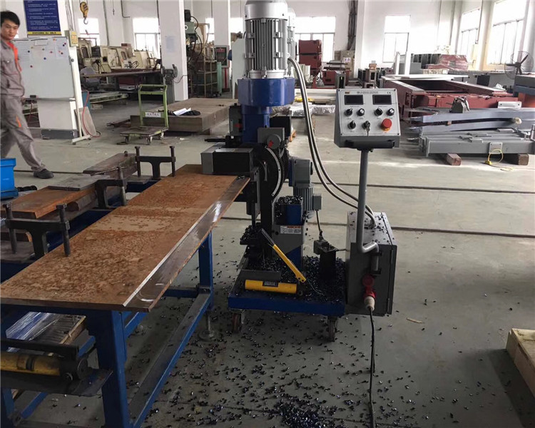 Customized option for metal plate edge beveling milling machine