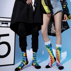 China manufacturer Fancy Colorful Socks Women,With Warm