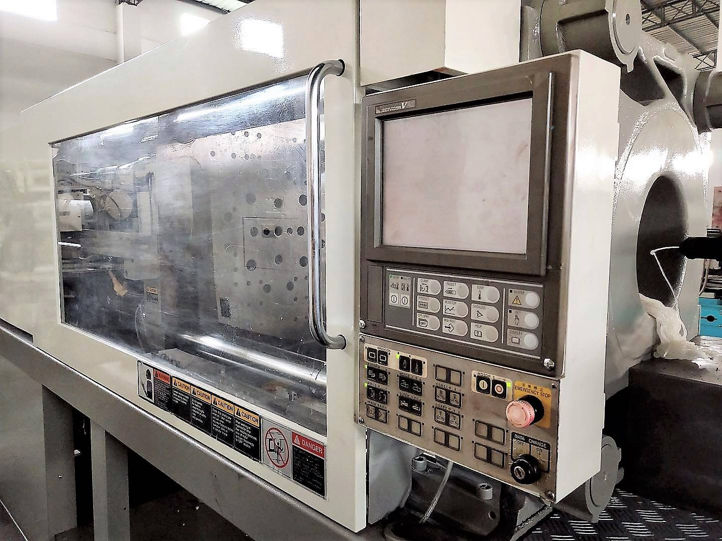Toshiba 220t IS220GN ( V21 Control) used Injection Molding Machine