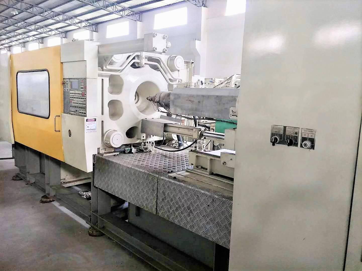 Toshiba 350t IS350GS Used Injection Molding Machine