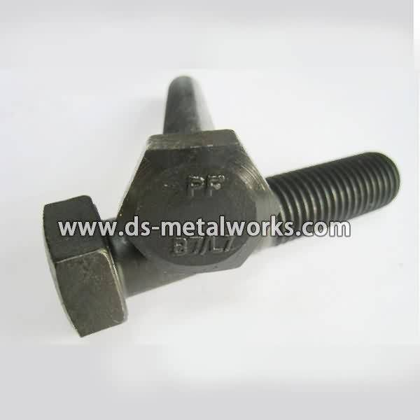 Factory directly supply ASTM A320 L7 Heavy Hex Bolts to Swansea Factory