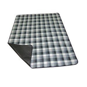 Outdoor waterproof picnic rug