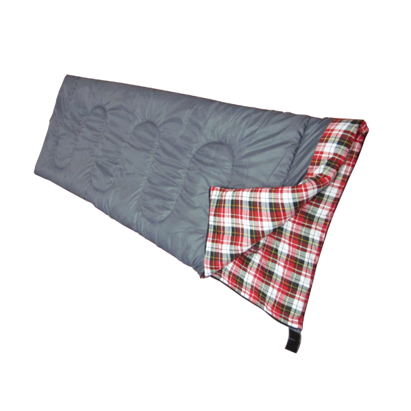 4 season envelop sleeping bag with soft design around neck Featured Image