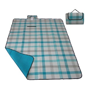 plaid water resistant picnic blanket