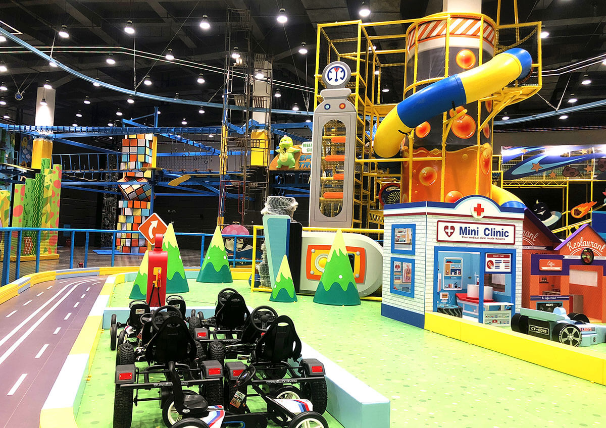 Racing Track Indoor Playground Featured Image