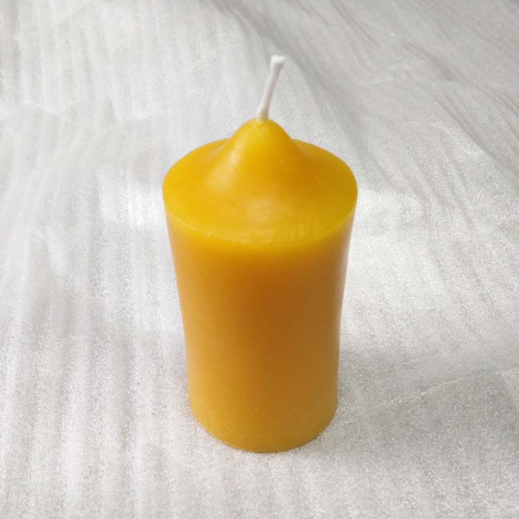 4 inch high 100% natural beeswax candle Featured Image