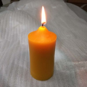 4 inch high 100% natural beeswax candle