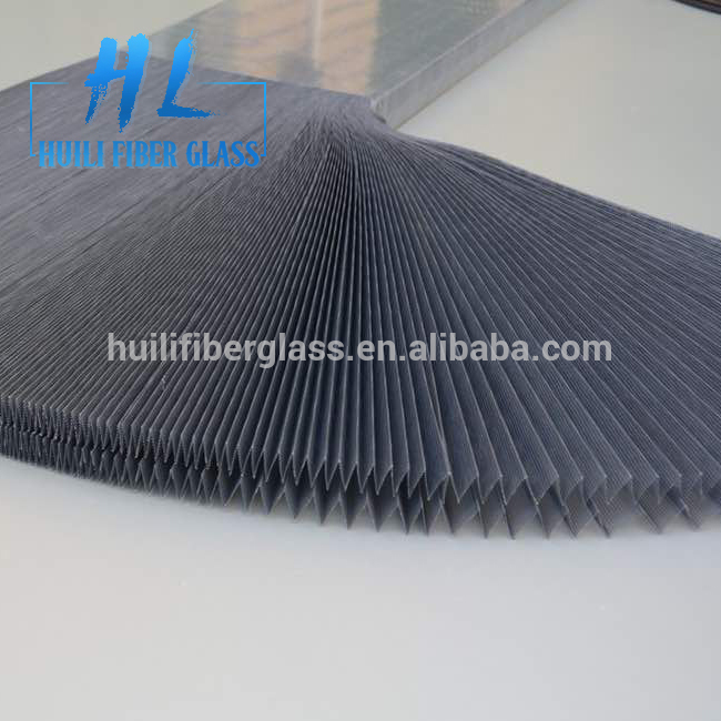 Polyester/pp material retractable polyester pleated mesh for insect door Featured Image