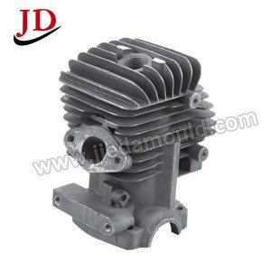 Lawn mover cylinder head 2