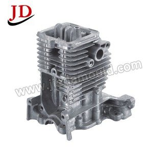 Lawn mover cylinder head 3
