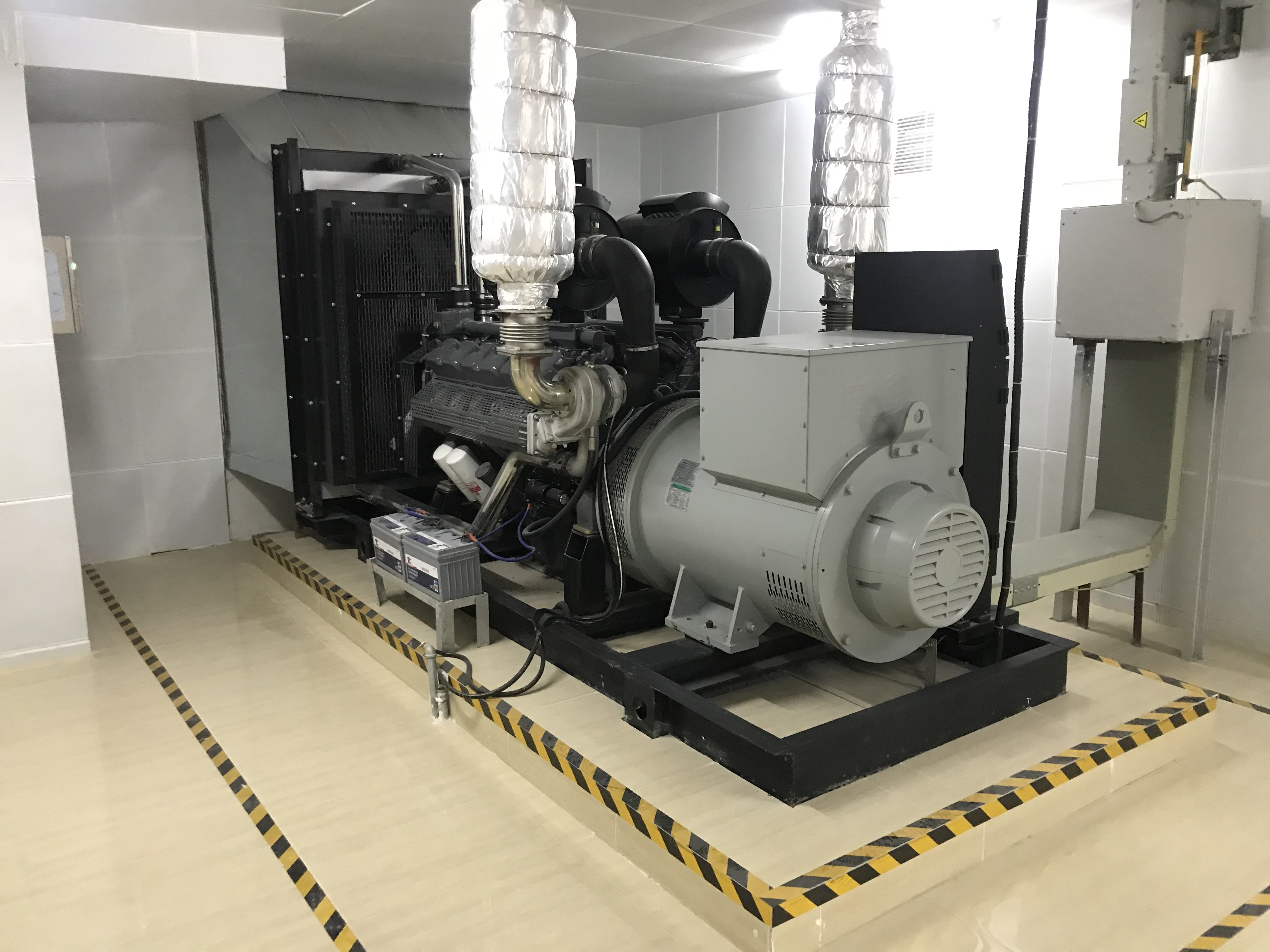600KW DIESEL GENERATOR FOR REAL ESTATE PROJECT