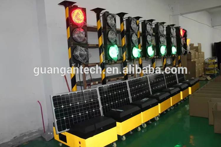 portable solar traffic light-1
