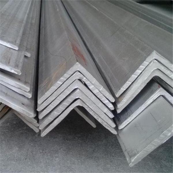 热浸镀锌角铁钢棒在中国制造Q235B精选图像