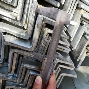 热倾娇拉强强度开槽镀锌角钢S235JR