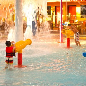kids water gun for swimming pool aqua park water gun