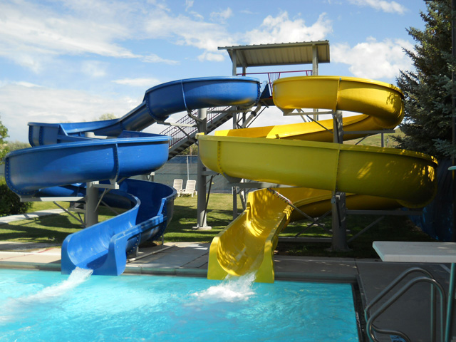 Mutong water park fiberglass slides project
