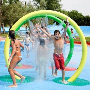 Water Park Spray Loop for Kids Pool Play