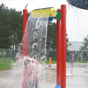 Water Splash Pads Dumping Bucket for Kids
