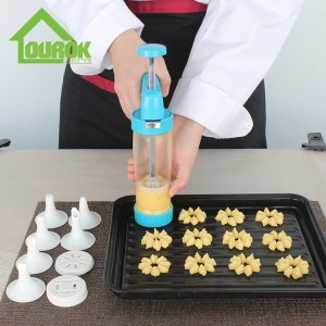 Cookie Press and Icing Kit Biscuit Making Tool With Press Molds and Pastry Piping Nozzles CK101