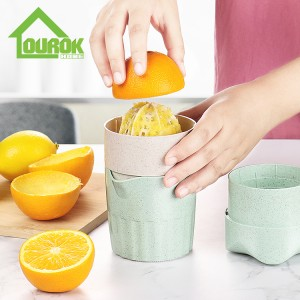 Plastic mini portable hand press manual orange lemon juicer