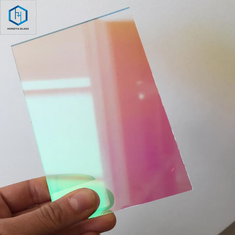 DICHROIC LAMINATED GLASS
