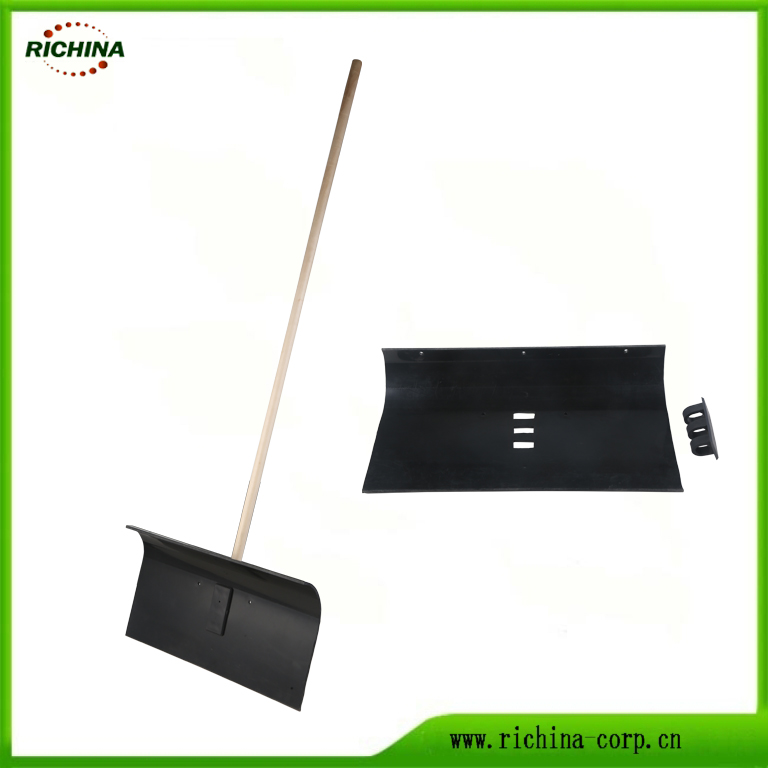 Poly Snow Long Wood Handle with Pusher