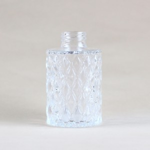 Flower Diamond Pattern Aroma Glass Bottle