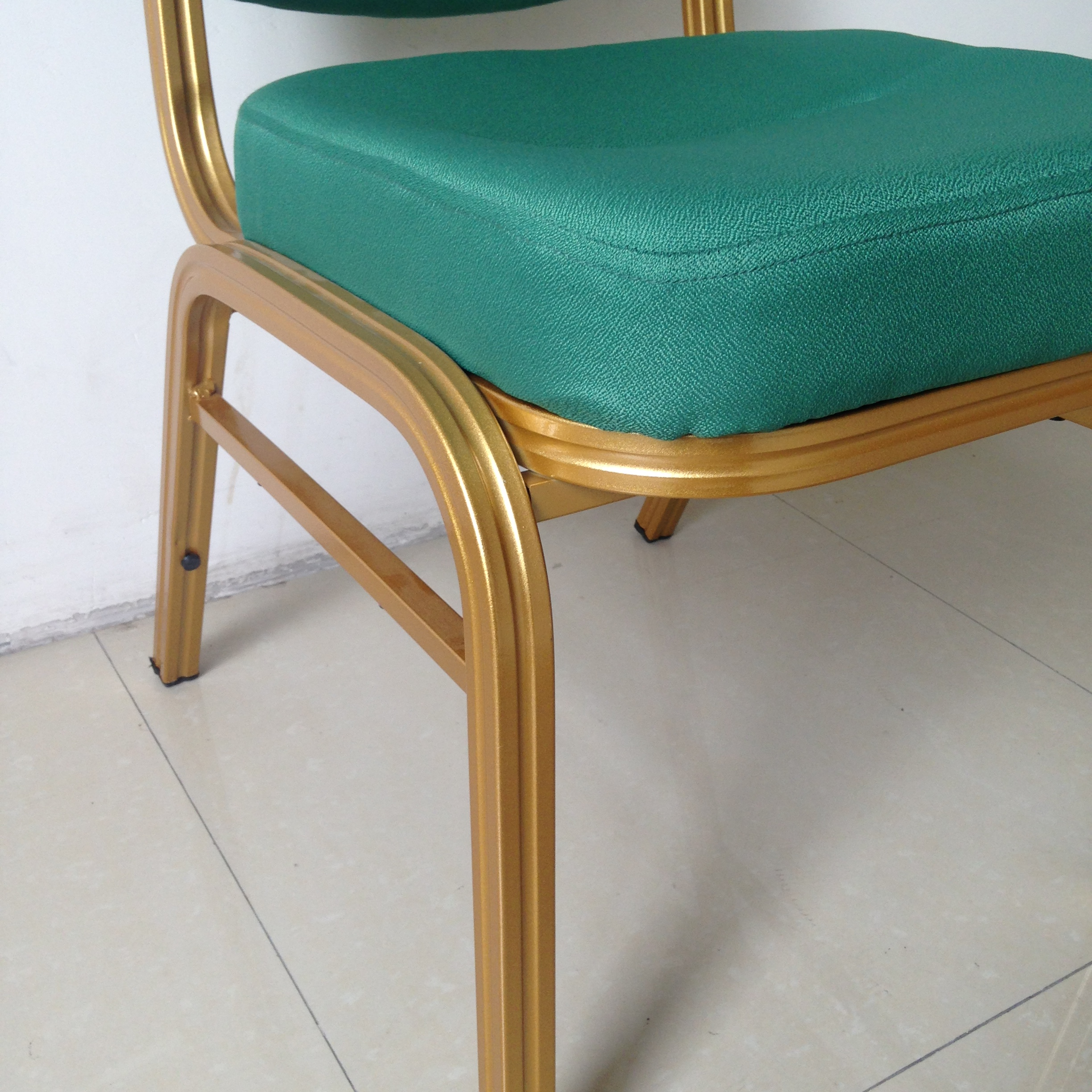 Best quality Regal Plastic Chairs -