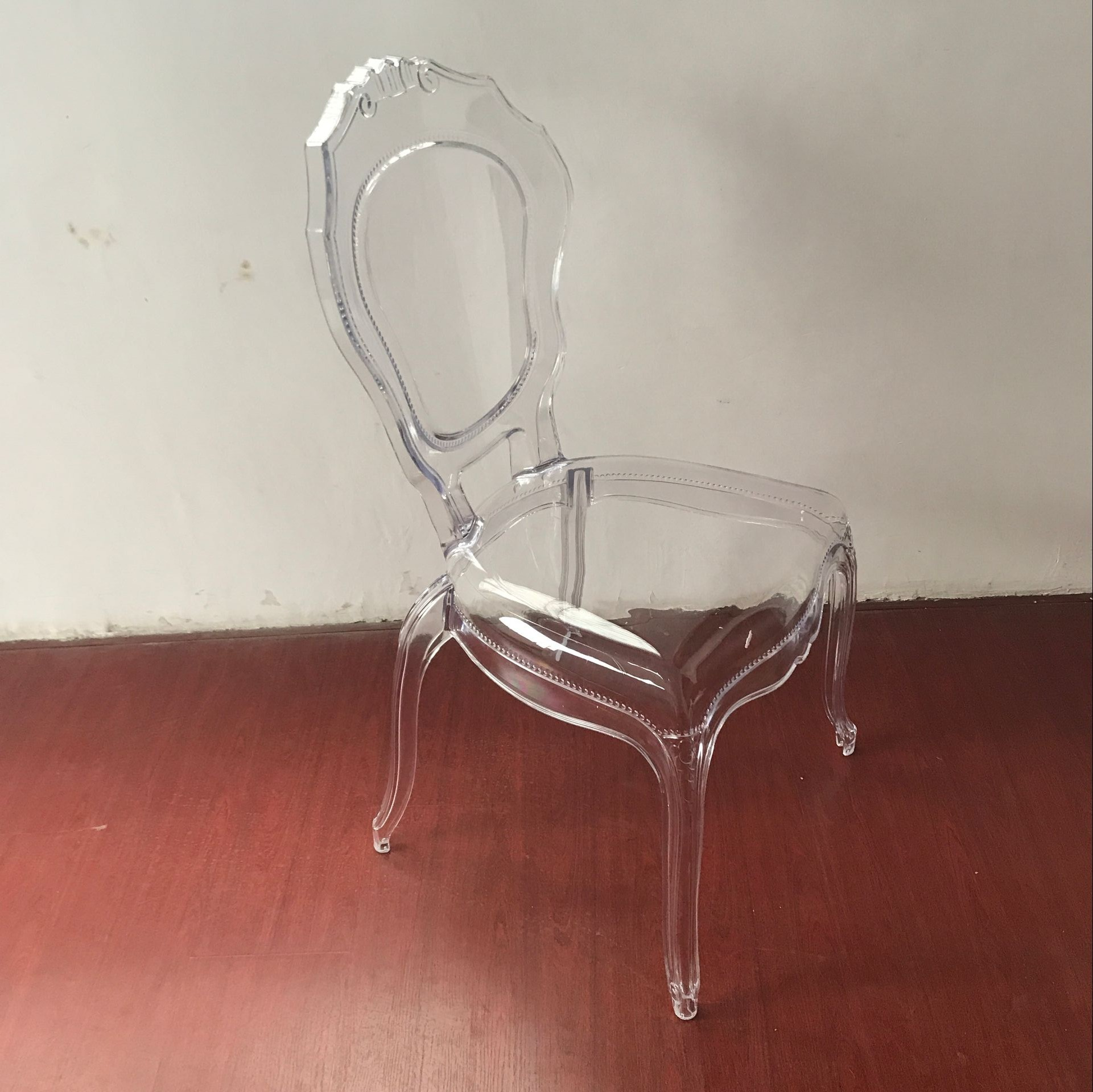 Reasonable price Used Church Pews -