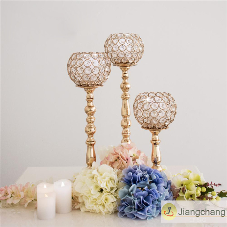 Top Sale Simple Bead Crystal Wedding Table Decoratiion SF-ZT024 Featured Image