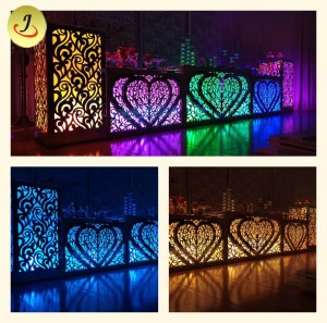 Modern Square Shape Transparent Acrylic Base with LED Wedding Table SF-WT020
