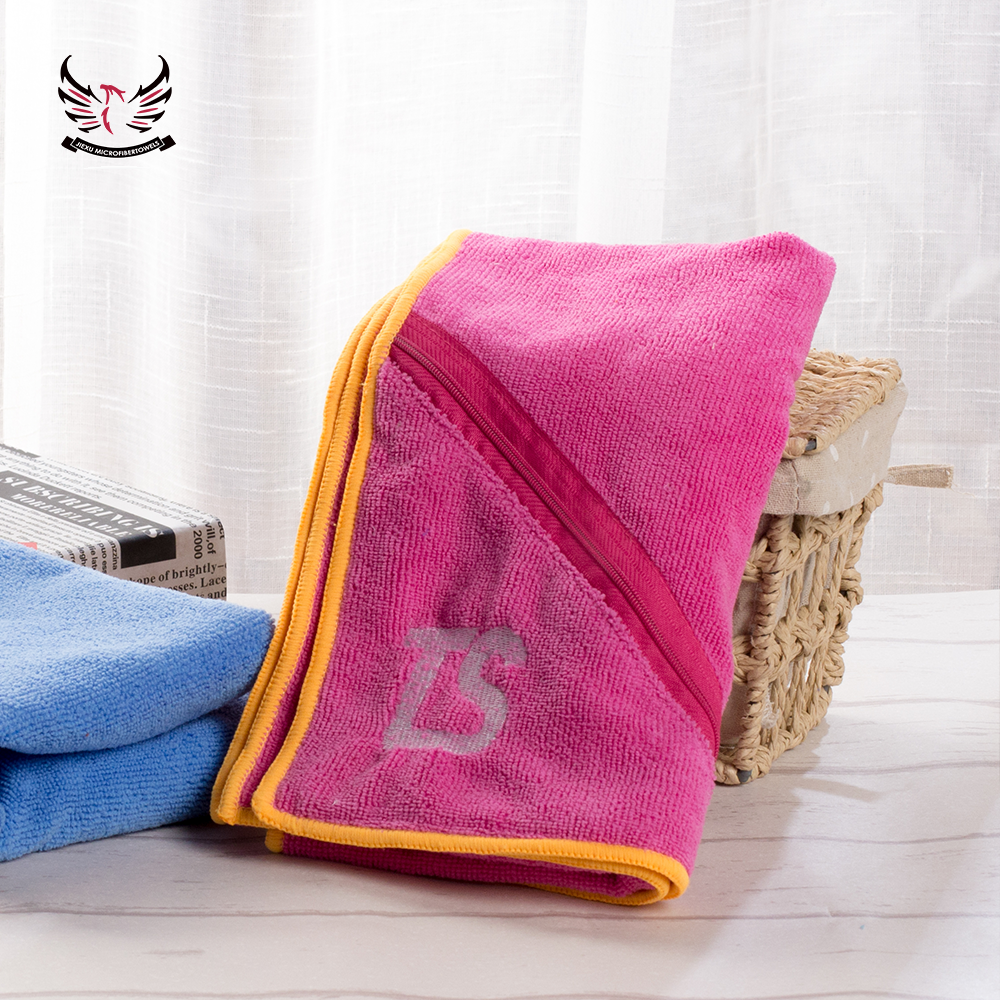 High Quality zip pocket sports microfiber towel