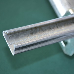 Galvaniseret Wiggle Wire Lock Channel, Greenhouse Spring Lock Profile