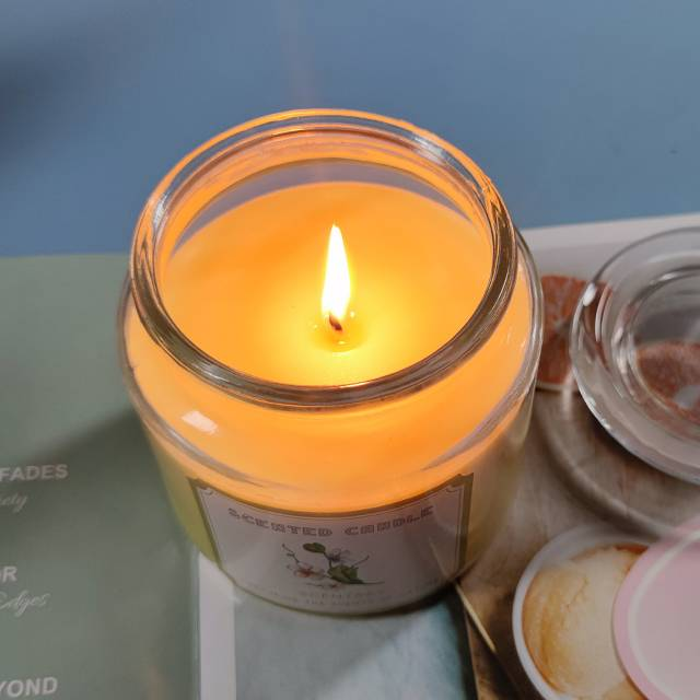 soy wax yankee style scented candles Featured Image