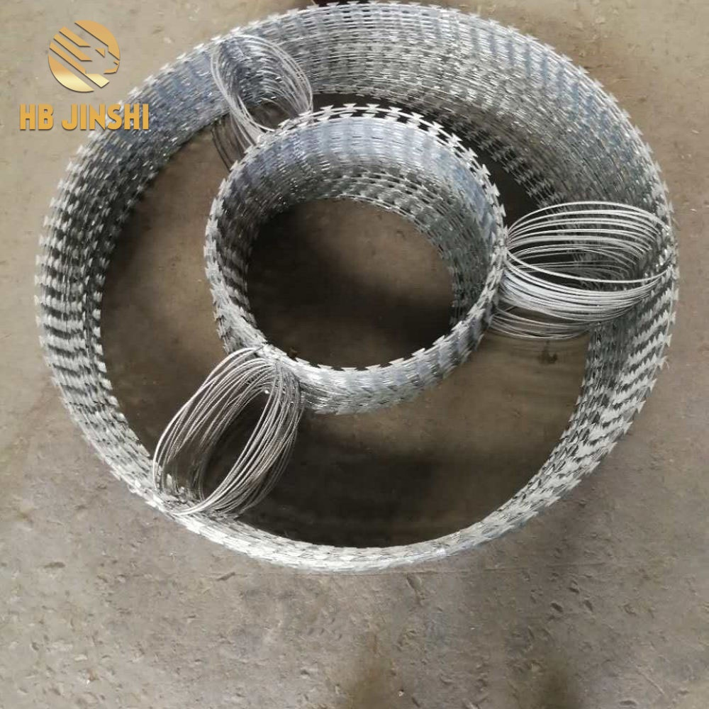 High Quality Triangle Coils Concertina Razor Barbed Wire Coils for army