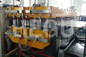 PP hollow sheet making machine (4)