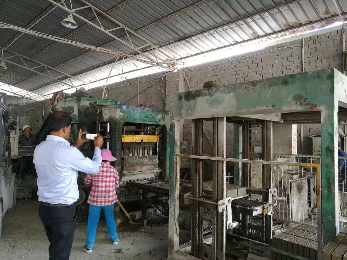 hydraulic press brick making machine brick machine Featured Image