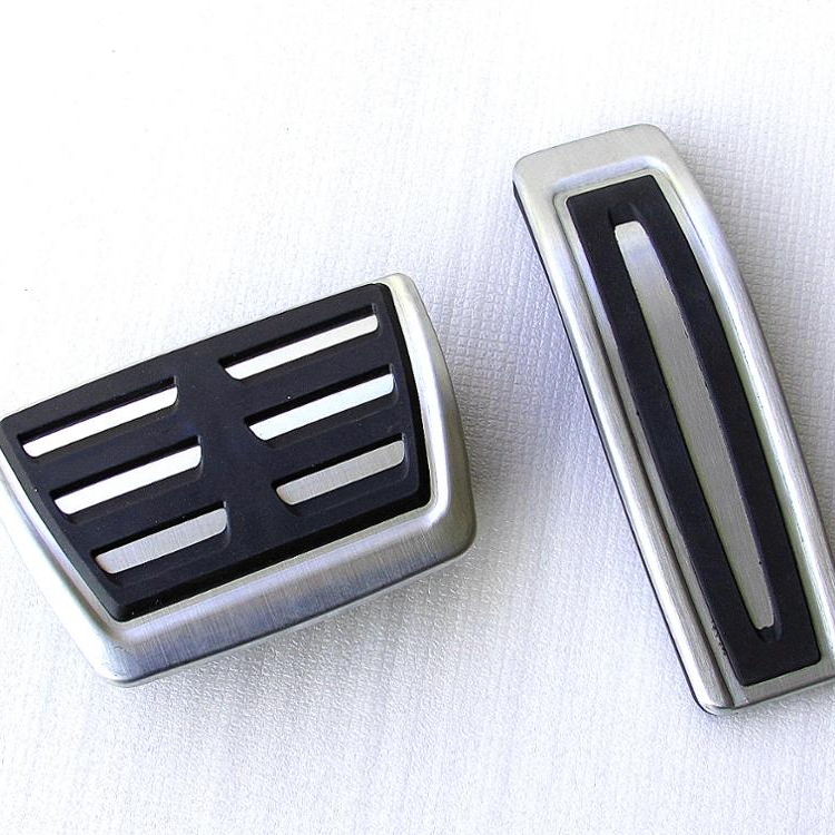 AT/ MT Aluminum alloy Car Pedal Foot Rest Pedals Plate Cover For VW Golf 7 Skoda Octavia(2014)