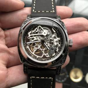 Hot sell quality carving square automatic watch with OEM design