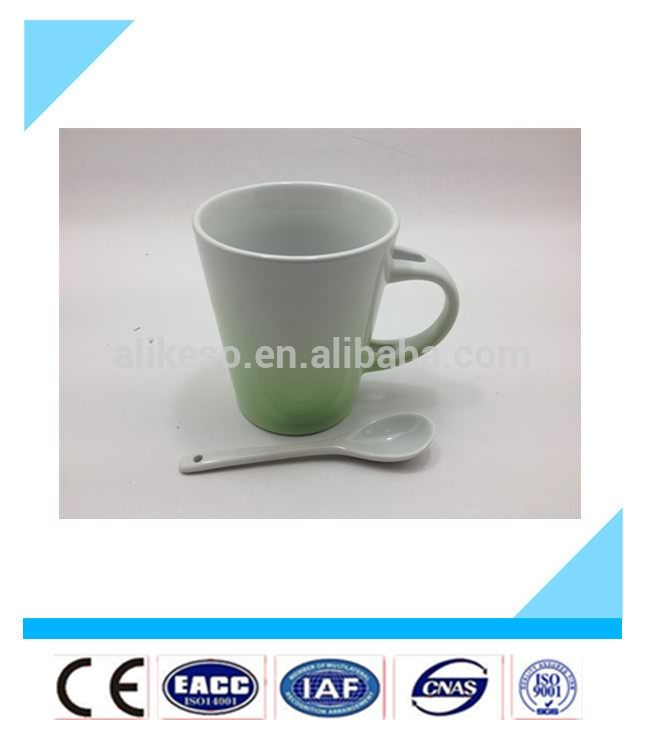 2015 white ceramic mug with spoon,high quality coffee cup