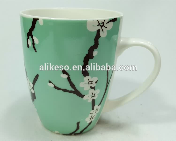 Top quality and fast delivery elegant new bone china ceramic coffee/tea/ soup mug with handle for Christmas gift