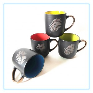 Leaf Silkscreen Printing Style Ceramic Gold Handle Custom Matte Black Coffee Cup