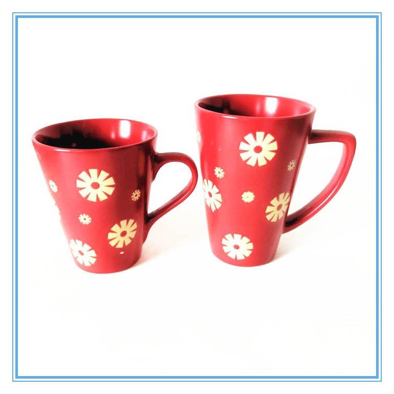 Flower Pattern Design Silkscreen Printing Ceramic Red Glazed Mug With Handle Featured Image