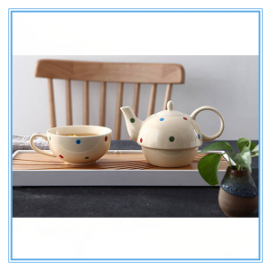 In Floor Price Promotional Popular Ceramic Tea Pot/ Stoneware Tea Pot With Cute Polka Dot