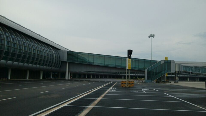 Jinan Tongda Mechanical Engineering Co., Ltd. Provides Aluminum Grating for Nanning Wuwei Airport
