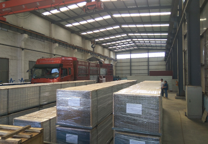 Batch export of Tongda aluminium grating started in 2014