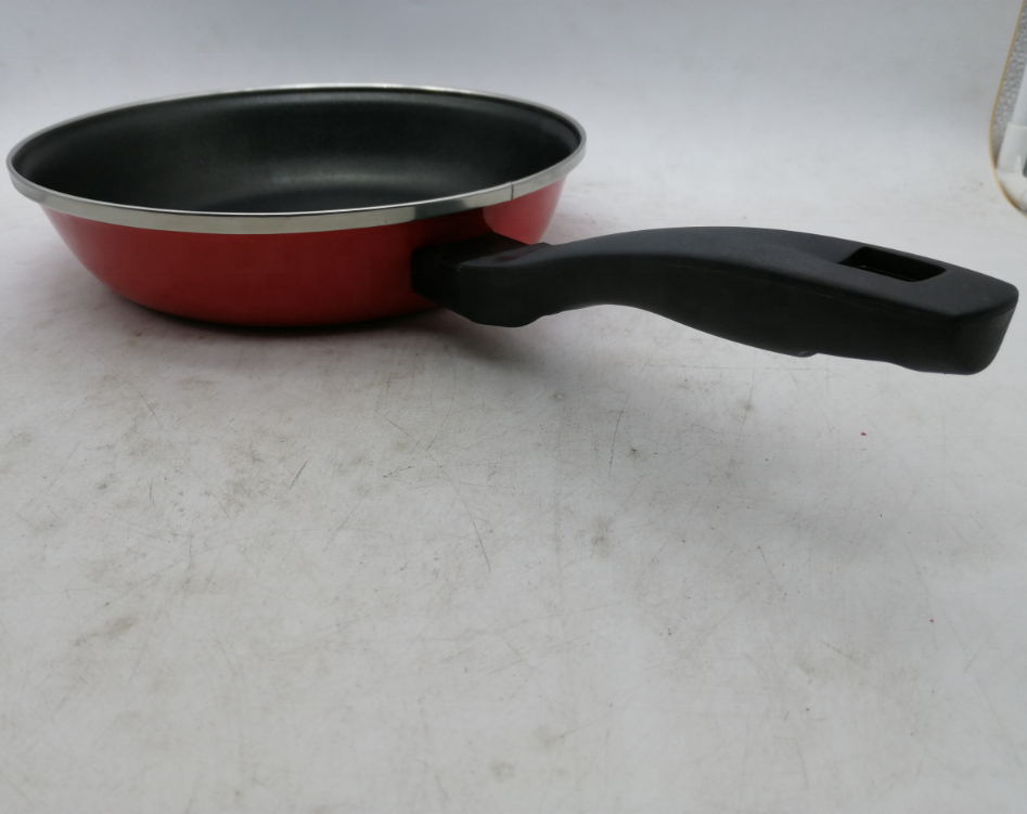 Enameled Cookware Enameled Carbon Steel Skillet With Plastic Handle
