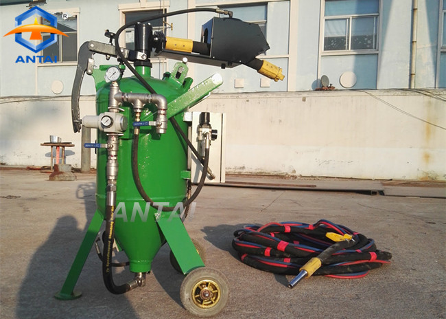 DB225 dustless blasting Featured Image