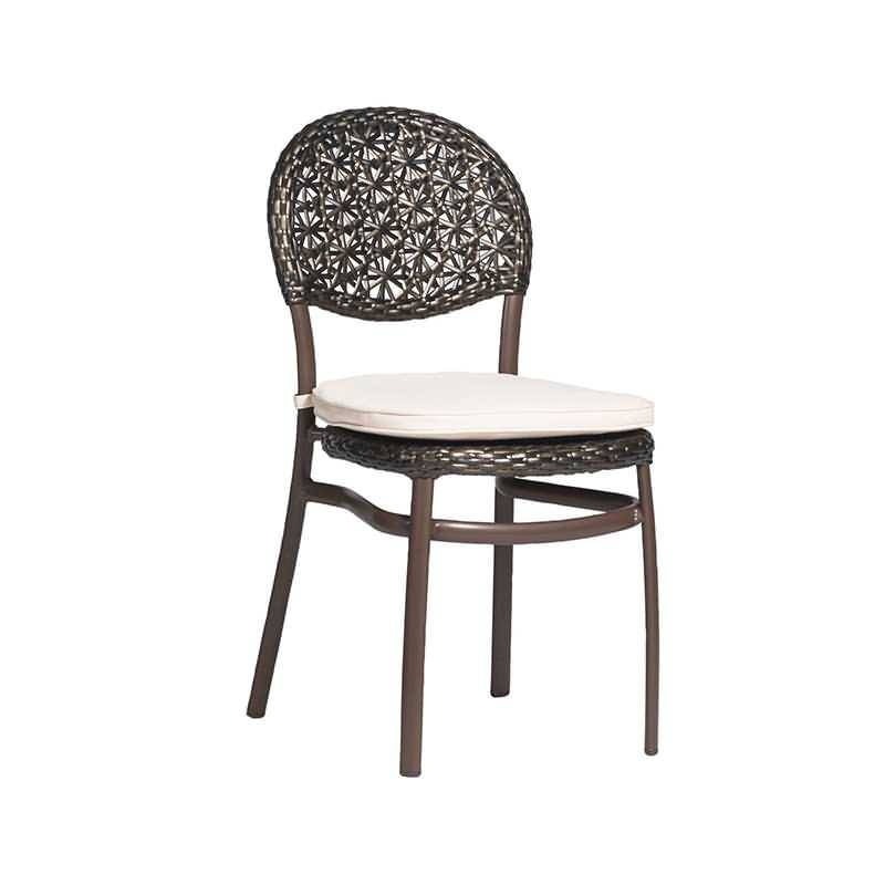 Top Quality Outdoor Rattan Dining Table Chairs -
