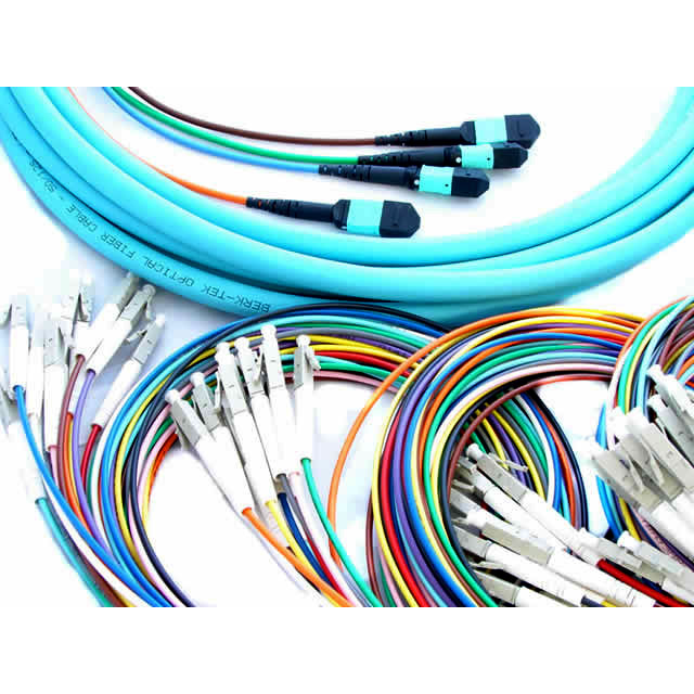 100% Original Fiber Optic MPO-LC Trunk Cables - MTPMPO-LC fibers om3-cables – INTCERA detail pictures